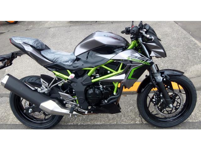 Kawasaki Z250sl New Bike Black ― Km Details