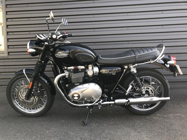 ボンネビルT120