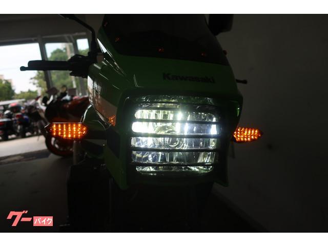 ヘッドライトやウインカーもLEDに交換済み!