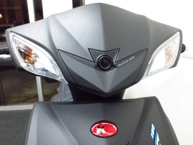 ●世界初の1080PのHD動画が撮影可能なmotocamをハンドルカバーにセットしました●