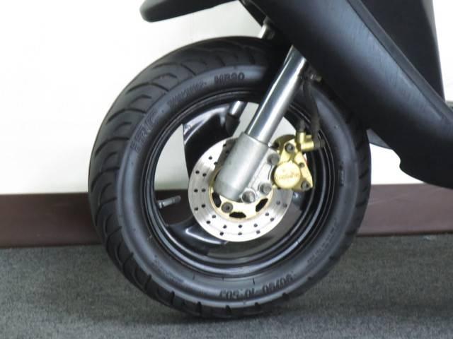 ●ブレンボ 対向 2ポット ブレーキ キャリパー標準装備●