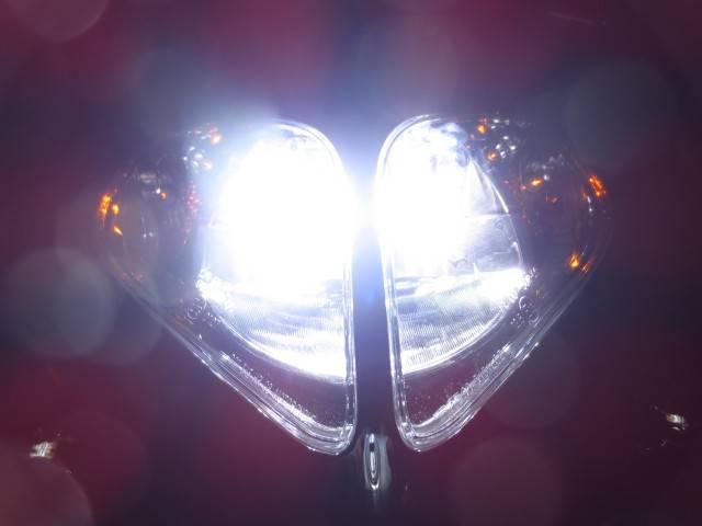 ●HID並みの明るさを実現した 次世代のLEDヘッドライト●
