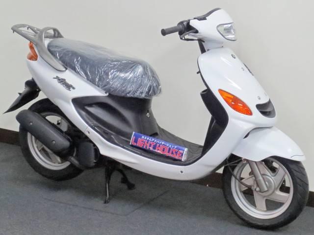 ヤマハ グランドAXIS100 後期モデル GPS盗難追跡装置
