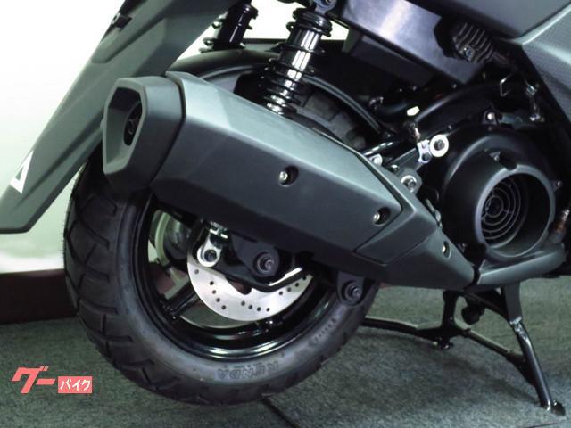 ●リヤディスクブレーキを新たに採用しました ● 優れたブレーキタッチが 走りをサポートします●