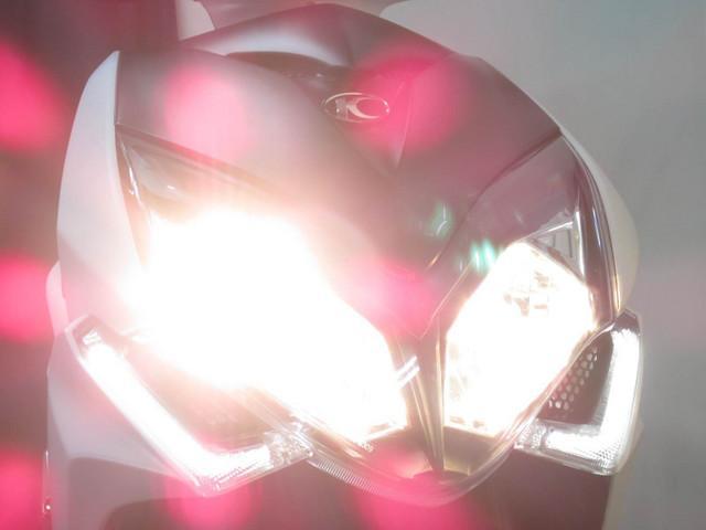 ●2灯式のヘッドライト●