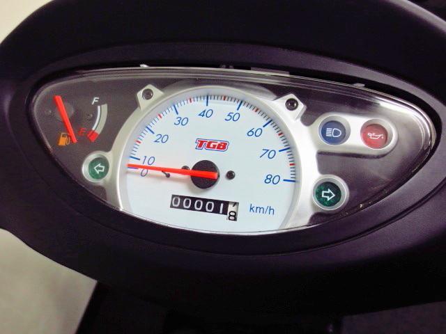 ●シンプルな アナログメーターは ガソリンメーター付です●