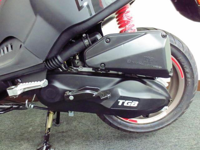 ●規制前のフルパワー2サイクル50ccエンジンを搭載●