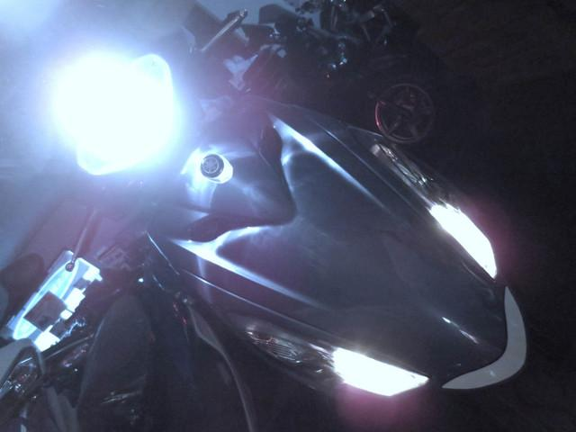 ● 1年間保証付の LEDヘッドライトを セットしております ●