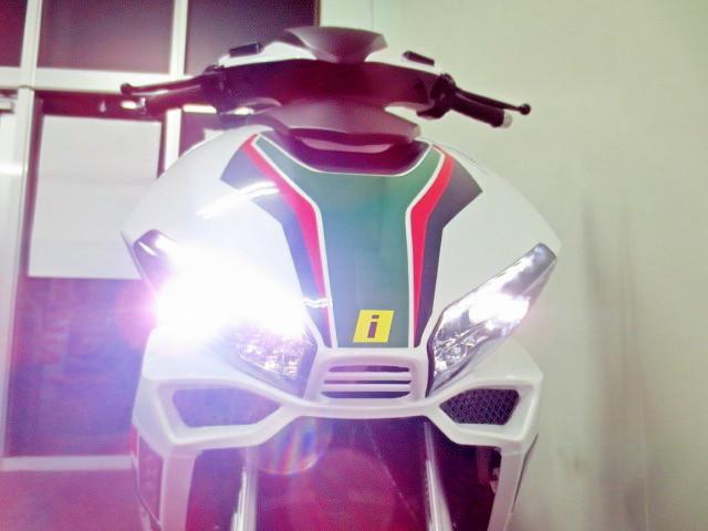 ●なんと ヘッドライトには 豪華な LED式を採用しております●