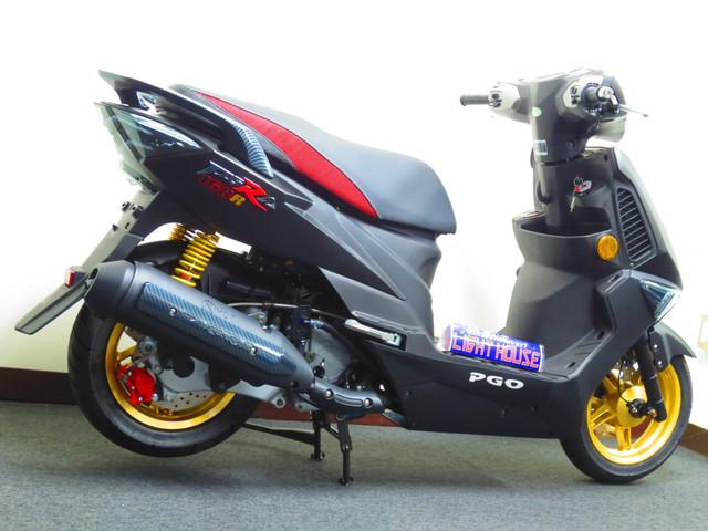 ●17馬力エンジンを搭載した 日本専用モデルです●