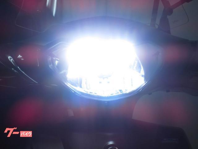1年間品質保証付で安心で明るい LEDヘッドライト