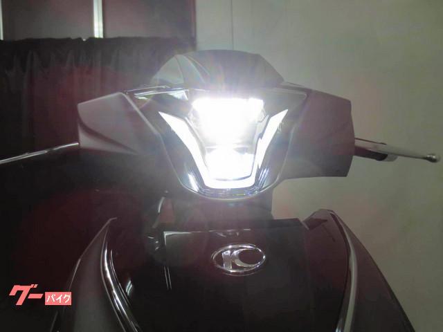 ●LEDヘッドライトを標準装備しております