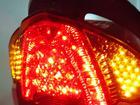 LED式のテールランプやLED式のウインカーを前後装備(ハザード機能付)