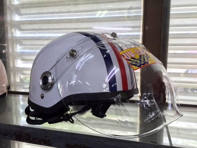 ご成約で写真のシールド付きヘルメットプレゼント!