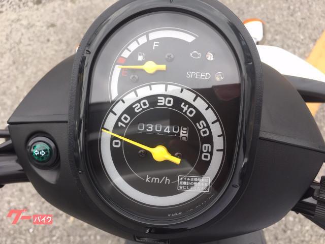 代車のみで使用の為、走行距離は3041km!