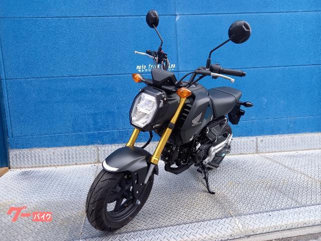 各ブランドのライバル車種の中から、店頭で見て、触れてバイクを選んで頂けます。