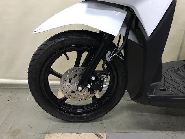 *前輪ディスクブレーキ&油圧サスペンション