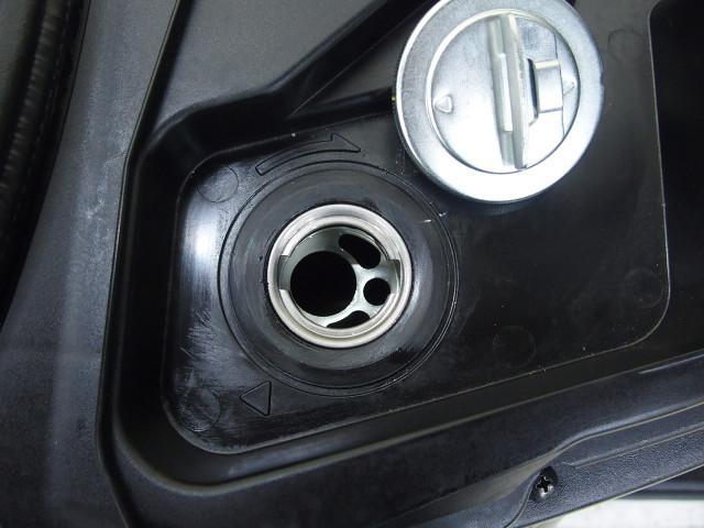*燃料満タンで6.6L入ります
