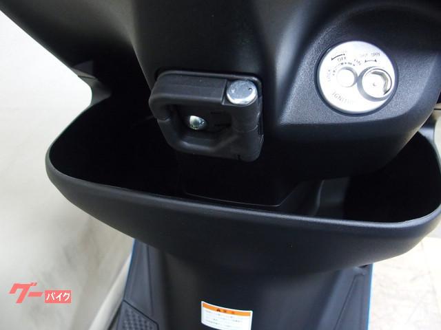 *インナーポケット付です左側にドリンク右側にシートを拭くタオルなどを入れてはいかがでしょうか