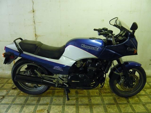 GPZ900R青忍者