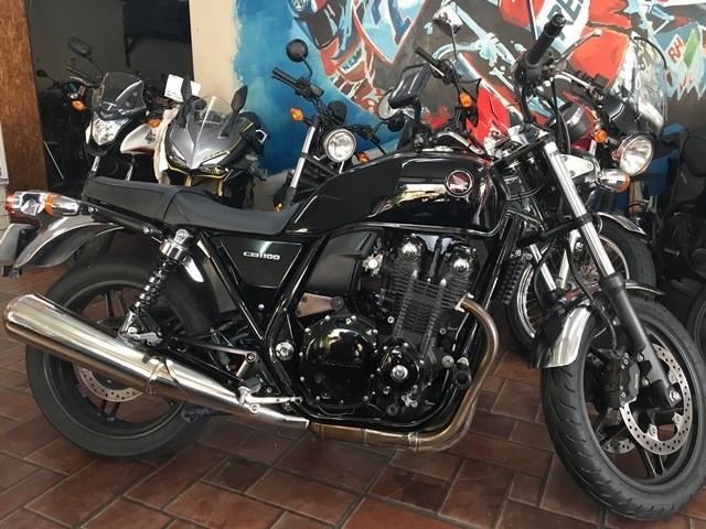 ホンダ CB1100