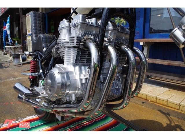 4発のエンジンは存在感があります。
