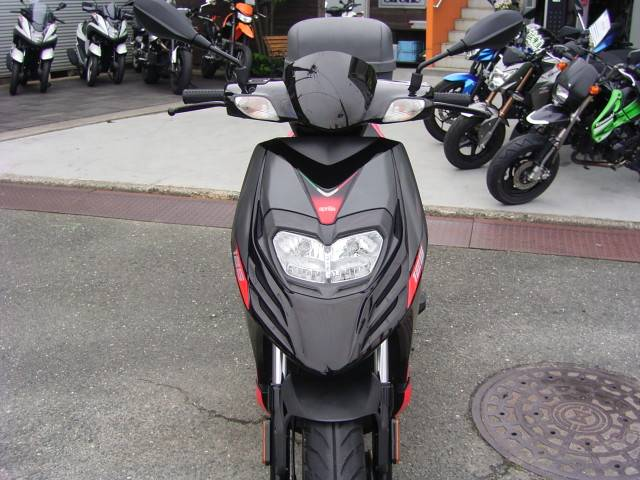aprilia SRMotard125の画像(愛知県