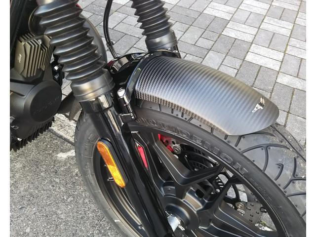 MOTO GUZZI V7IIIカーボンの画像(静岡県