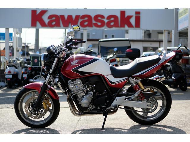 ホンダ CB400Super Four VTEC Revo 2008年モデル アップハンの画像(愛知県