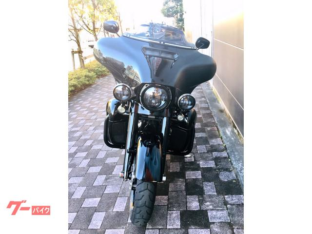 HARLEY-DAVIDSON CVO FLHXSE ストリートグライドの画像(静岡県