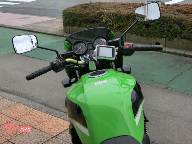 カワサキ ZRX1200R  エンジンガード付きの画像(福井県