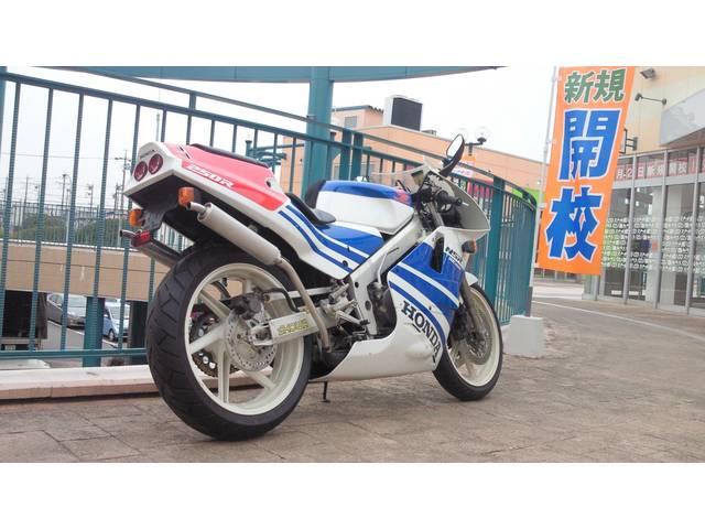 ホンダ NSR250R MC18 青テラ '89の画像(愛知県