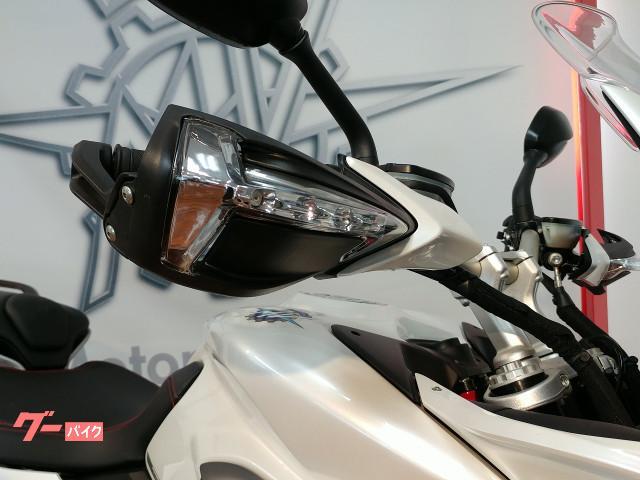 MV AGUSTA ツーリズモヴェローチェ800Lusso セミアクティブ電サス クルコン LEDの画像(愛知県