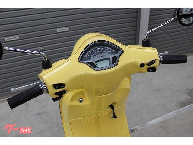 VESPA VXL125 インジェクション LEDヘッドライト搭載 国内未発売モデルの画像(三重県