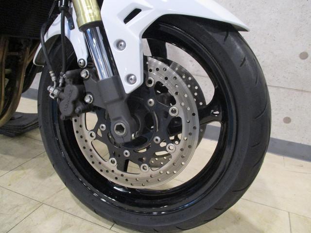 スズキ GSR750 ABS ツートンカラーの画像(静岡県