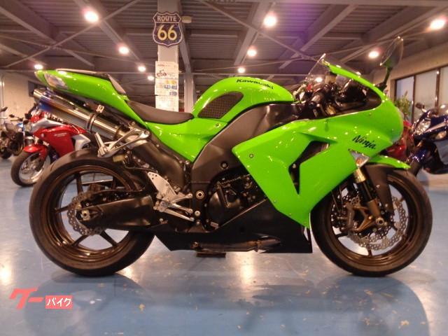 Ninja ZX−10R ETC付き フロントタイヤ新品 トリックスターマフラー