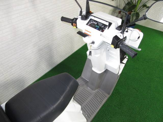 ホンダ ジャイロX 4stインジェクション Rタイヤ新品 Rボックス新品の画像(愛知県