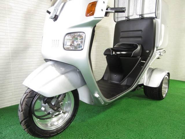 ホンダ ジャイロキャノピー ミニカーカスタム仕様 タイヤ前後新品 ワイドホイールの画像(愛知県