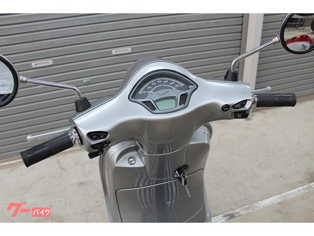 VESPA VXL125 インジェクション LEDヘッドライト搭載 国内未発売モデルの画像(静岡県