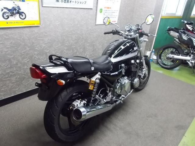 カワサキ ZEPHYR750 OHLINSリアサス付きの画像(広島県