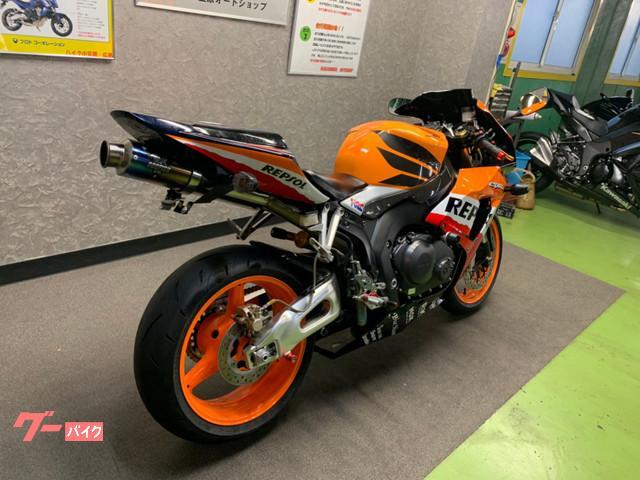 ホンダ CBR1000RR SC57 後期型 カスタムの画像(広島県