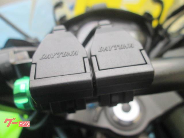 カワサキ Ninja 1000 ブライト正規モデル1オーナー車の画像(山口県