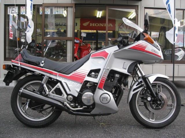 XJ750D オーディオ限定車