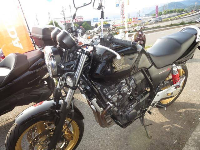 ホンダ CB400Super Four VTEC Revoの画像(愛媛県