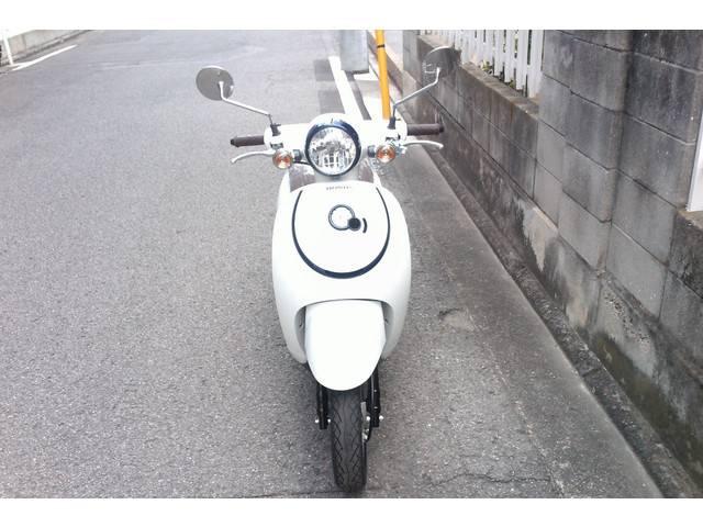 ホンダ ジョルノ 粉雪ホワイトの画像(愛媛県