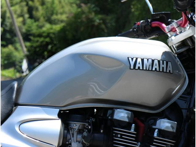 ヤマハ XJR1300の画像(高知県