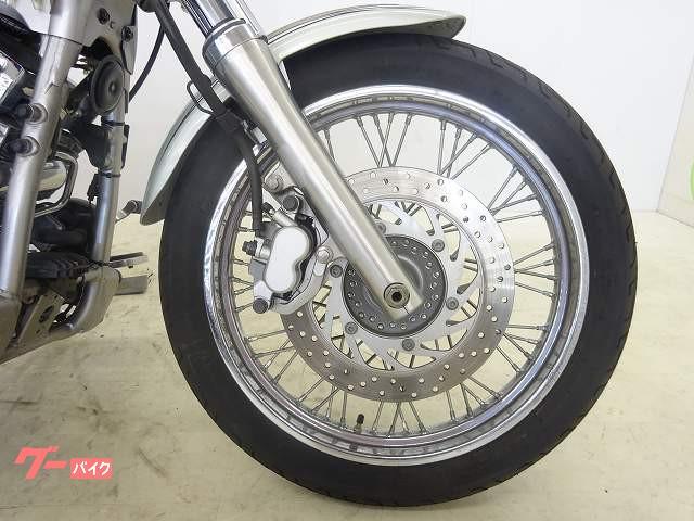 ヤマハ ドラッグスター400 マーブルシルバーカラー キャブレターモデルの画像(岡山県