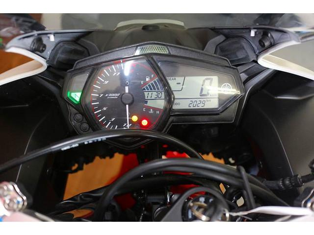 ヤマハ YZF-R3 ABSモデル アクラボマフラー エンジンスライダーの画像(愛媛県