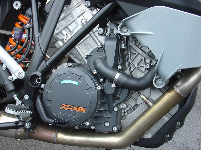 KTM 1050アドベンチャーの画像(北海道