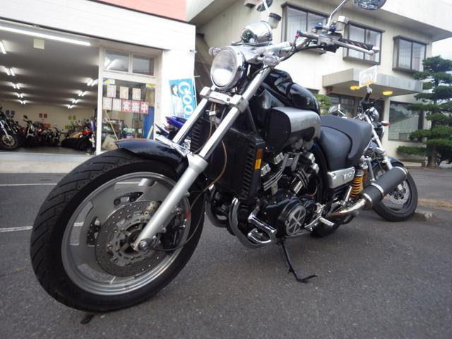 ヤマハ VMAX 逆車 2WE OVERマフラーの画像(茨城県